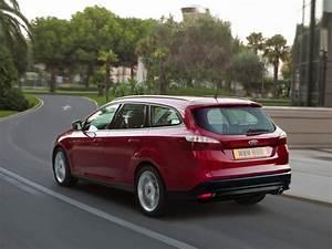 Ford Focus Sw Trend : ford focus sw 1 6tdci trend econetic 1 photo ~ Medecine-chirurgie-esthetiques.com Avis de Voitures