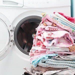 Waschmaschine Riecht Muffig : waschmaschinenreiniger im test vergleich auch die waschmaschine braucht pflege ~ Frokenaadalensverden.com Haus und Dekorationen