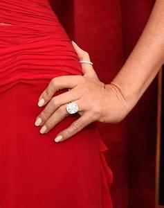 sofia vergara shows off her engagement ring at sag awards With sofia vergara wedding ring