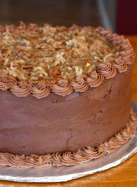 chocolate cake  chocolate mousse filling