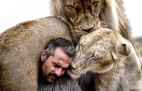 shoot  lion kevin richardson