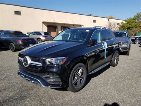 See pricing & user ratings, compare trims, and get special truecar deals gle 350 rwd. New 2021 Mercedes-Benz GLE 350 4MATIC SUV | Black 21-385