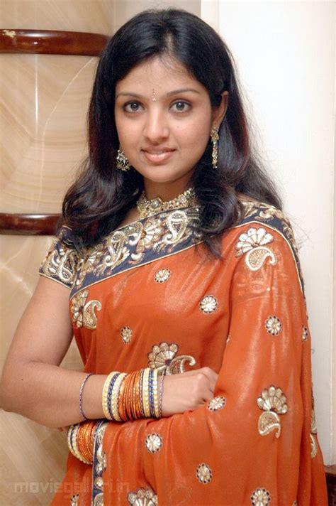 tamil actress pundai   dress