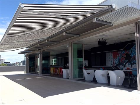 electric awnings    luxury   electric retractable awnings bring
