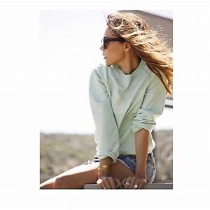Sweater shirt shirtcute cute top outfit tumblr summer beach ideas long sleeves ...
