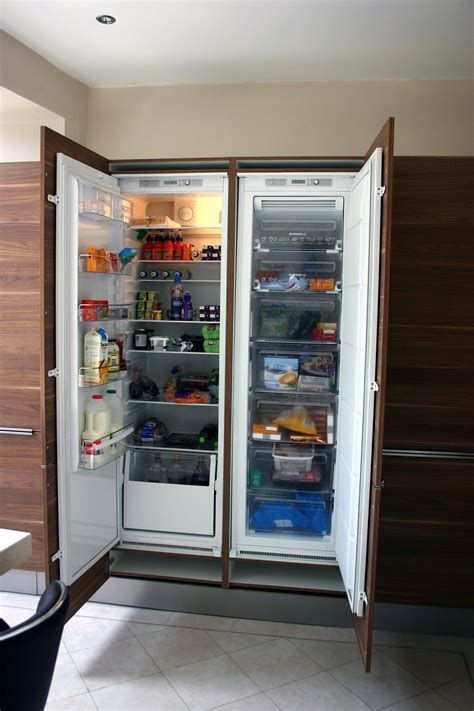 Impressive Built In And Integrated Refrigerator On Kitchen