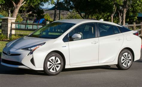 Electric Cars, Hybrids Stand Atop 'greenest Vehicles' List