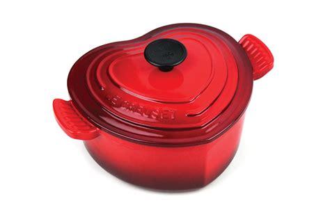 le creuset cast iron heart casserole  quart cherry red cutlery