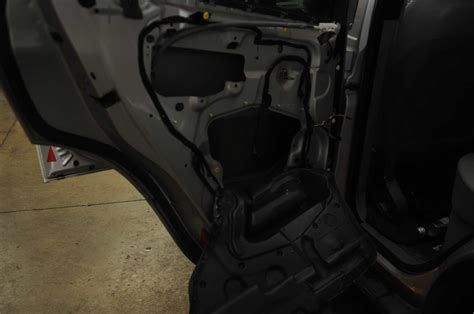 bmw    window rear regulator stuck  left