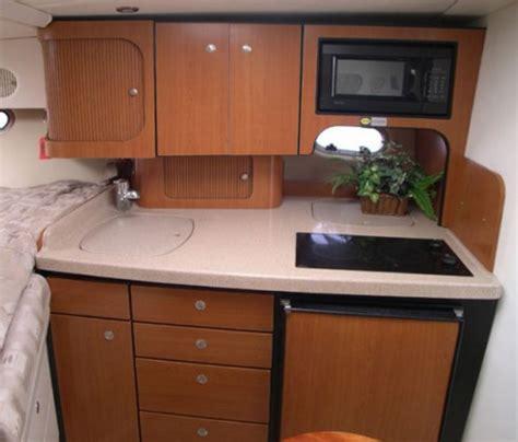 cuisine bateau bateau moteur occasion four winns 298 vista 30 pieds 9 1