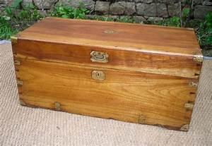 Malle En Bois : malle en bois ancienne malle en bois ancienne coffre ~ Melissatoandfro.com Idées de Décoration