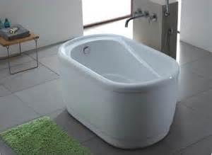 tiny soaker tub small bathtubs small bathtub sizes tiny house