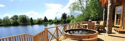 cheap lodges with tubs scotland lodges with tubs tub lodges log cabins with