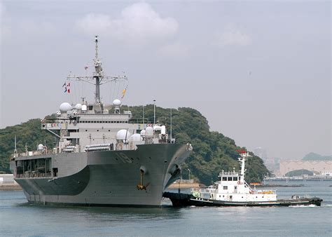 Amphibious Force Command Ship Photo Index Lcc-19 Blue Ridge