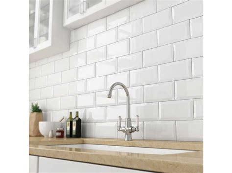 white subway tiles bevelled white gloss subway tile 75x150mm subway tiles