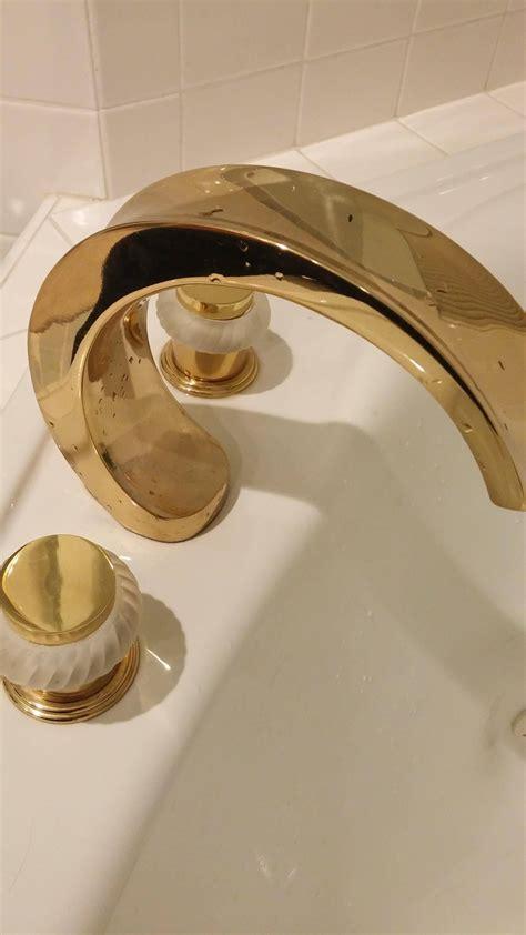 plumbing    replace shower tub handles spouts