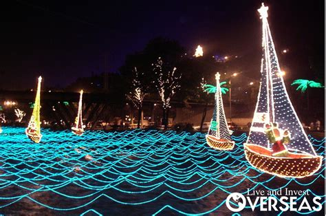 christmas festival of lights in medellin colombia