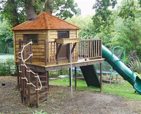 Amazing Backyard Tree House Getaways