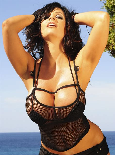 Hot Pictures Free Denise Milani Hot Pictures