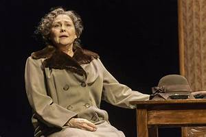 The Glass Menagerie's Cherry Jones: Absolutely Hogtied ...