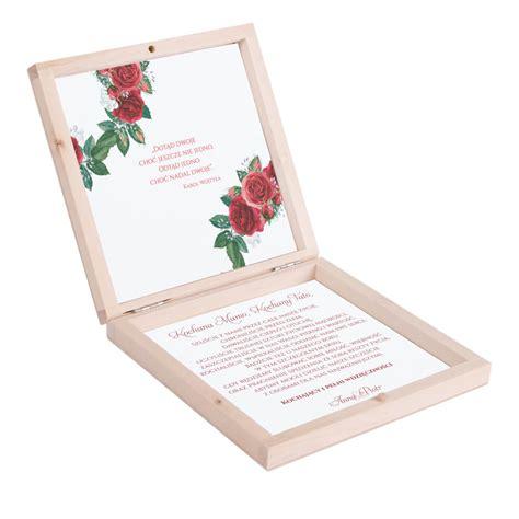 podziękowanie w drewnianym pudełku z kwiatami r 243 ży w4