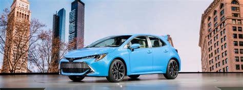 toyota corolla hatchback trim levels