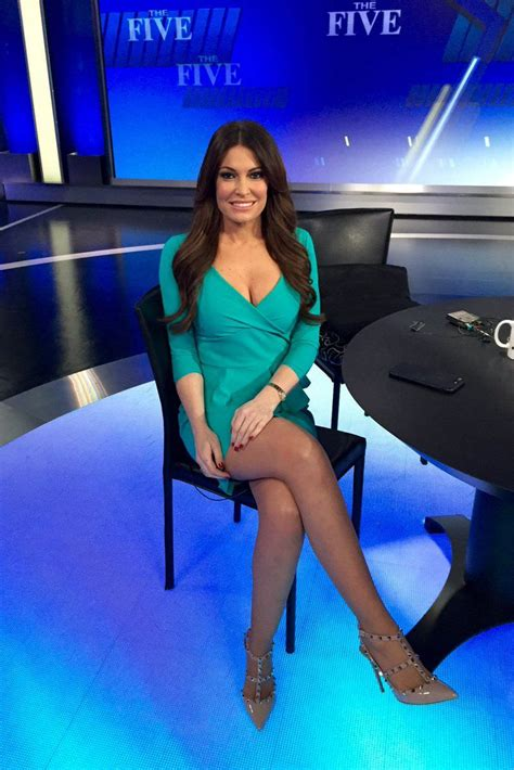kimberly guilfoyle fox legs sexy bikini female crossed anchors google foxes topless imgur collants she looking feet lisa reporters robes