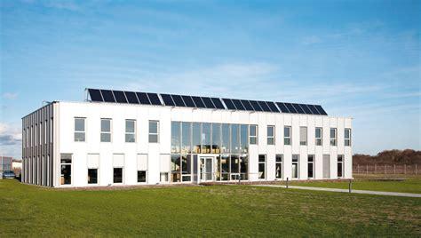 vm materiaux siege social solaire thermique zoom sur le siège social d un
