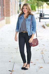 Perfect denim jacket outfit - black jeans with denim ...