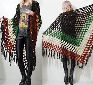 Crochet 70s Vintage Shawl Cape Poncho Fringe Tassel Knit
