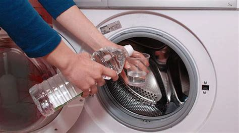 vinaigre blanc dans lave linge 7 bonnes raisons de mettre du vinaigre blanc dans sa