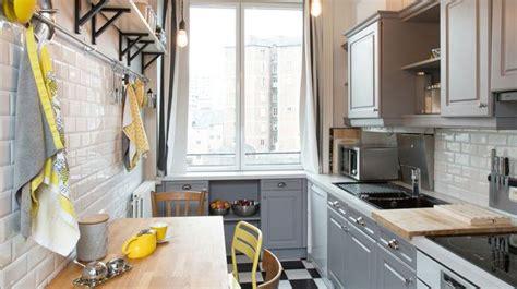 comment relooker une cuisine ancienne peinture meuble relooker mobilier avec de la couleur