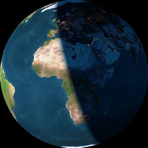 La Terre vue de jour et de nuit