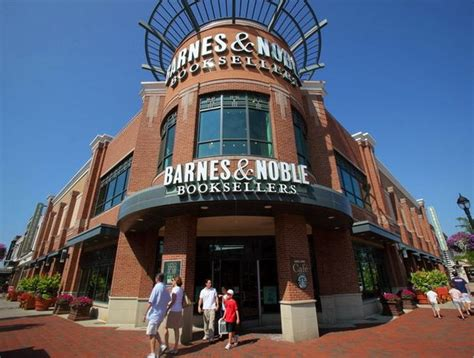 barnes and noble cleveland barnes noble founder wants to buy retail business