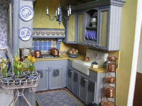 Best 25  Blue yellow kitchens ideas on Pinterest   Kitchen