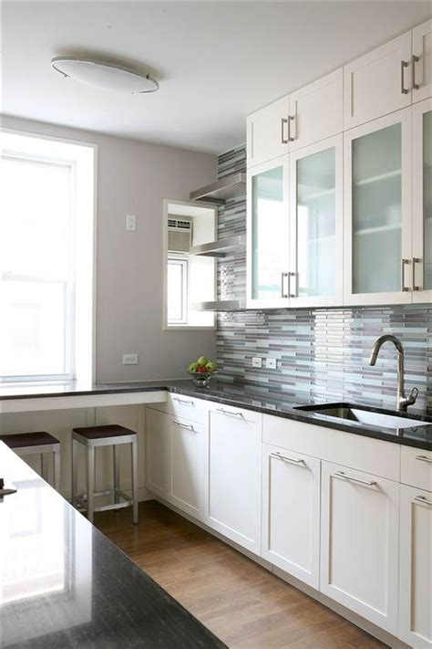 cost to remove kitchen cabinets best 25 kitchen remodeling ideas on kitchen 8404