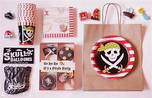 Deco Anniversaire Pirate : la petite marchande d 39 anniversaires ~ Melissatoandfro.com Idées de Décoration