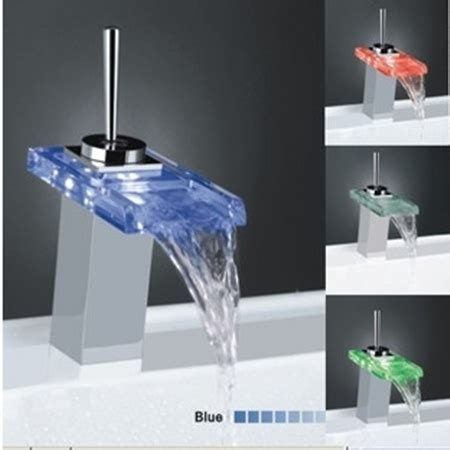 Best Selling Single Handle Mount LED Glass Waterfall