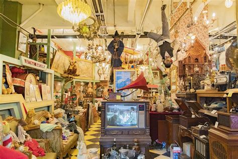 Fontaine Antique Shop, a Vintage Store With a Serious Wow ...