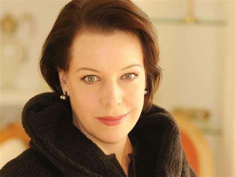 nina stemme performer opera opera lovers web site