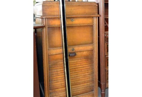 bureau brocante meuble de rangement bureau brocante d 39 epinay
