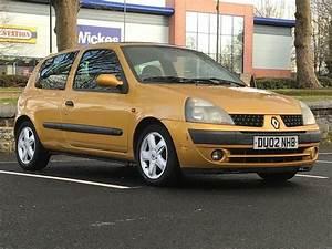 2002  Mar 02  Renault Clio 1 6 16v Dynamique