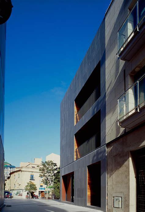 H Arquitectes, STARP estudi · Viviendas 137 · Divisare