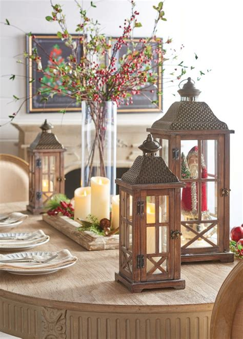 Easy Elegant Flameless Candle Christmas Centerpiece Ideas