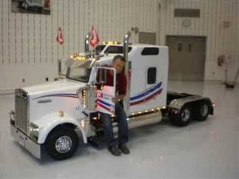 build a kenworth camion miniature kenworth custom built tractors pinterest