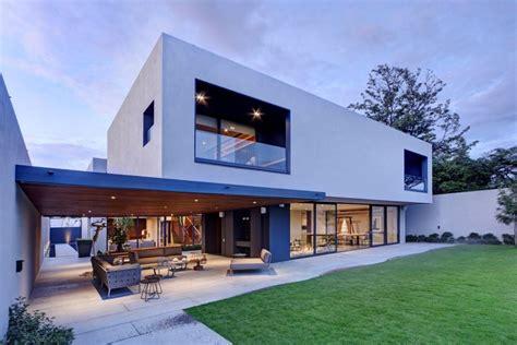 White Modern Concrete Home Plans
