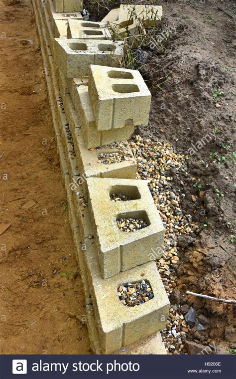 foam concrete forms for retaining walls uk dry construction hollow concrete blocks forming