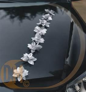 Achat Deco Mariage : fleurs adh sives pour voiture de mariage achat d coration pour la voiture ~ Teatrodelosmanantiales.com Idées de Décoration