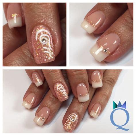 gelnägel weiß glitzer squarenails gelnails nails frenchnails yvesswiss coral glitter nailcode handpainted
