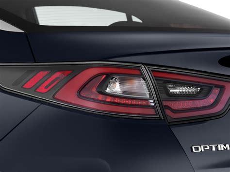 image  kia optima hybrid  door sedan  tail light